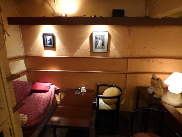 3階奥のソファ席