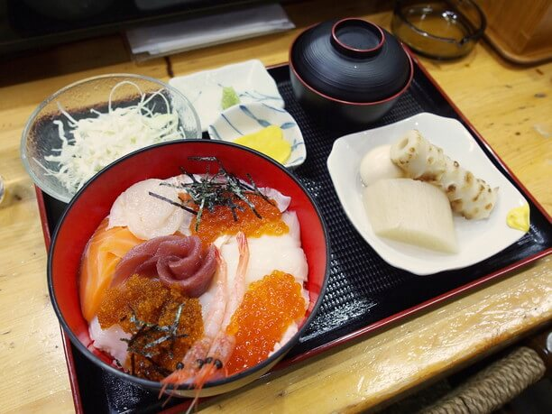 一番人気の海鮮丼
