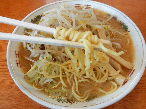 食べ応えのある太麺