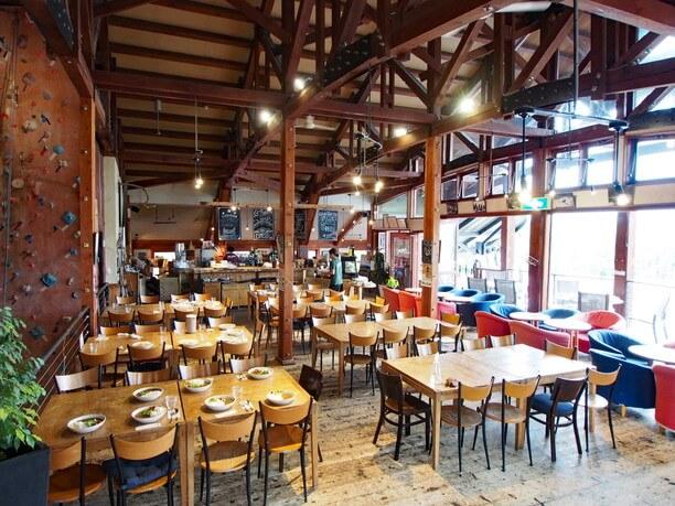 NACアドベンチャーセンターの2階にあるカフェ&レストランJoJo's