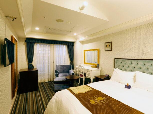 家具やインテリアがひとつひとつ異なる客室
