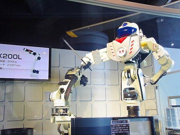 パフォーマンスロボット