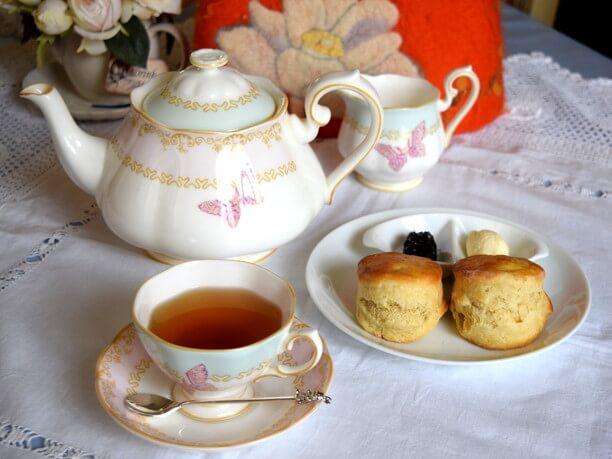 スコーンと紅茶セット