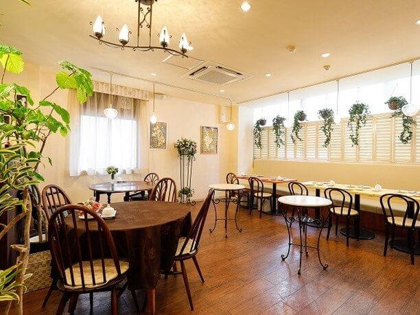 2階にあるカフェ