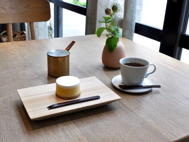紅茶とチーズケーキのセット