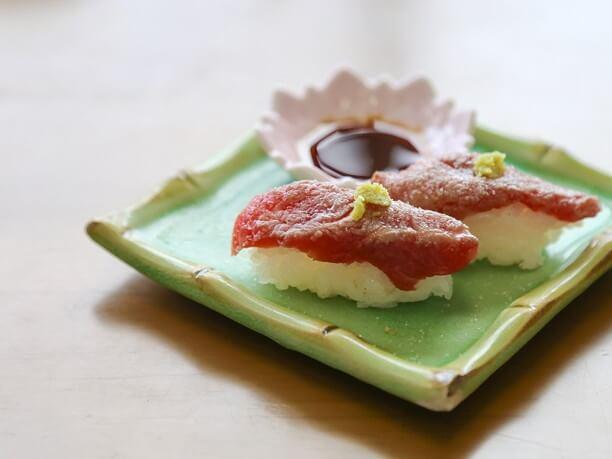 今帰仁和牛の炙り寿司