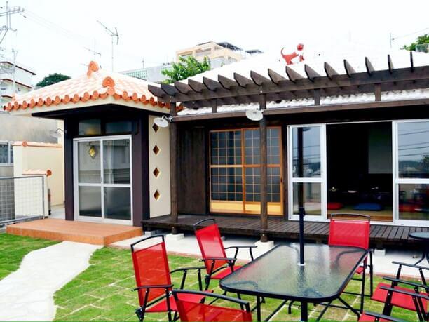 沖縄古民家の佇まいを残した「北谷ジャーガル邸」