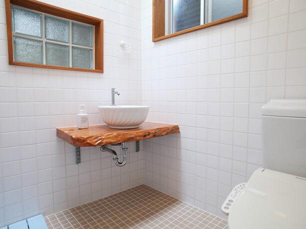広々としたお風呂場・トイレ