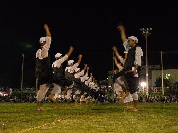 エイサーを踊る人たち