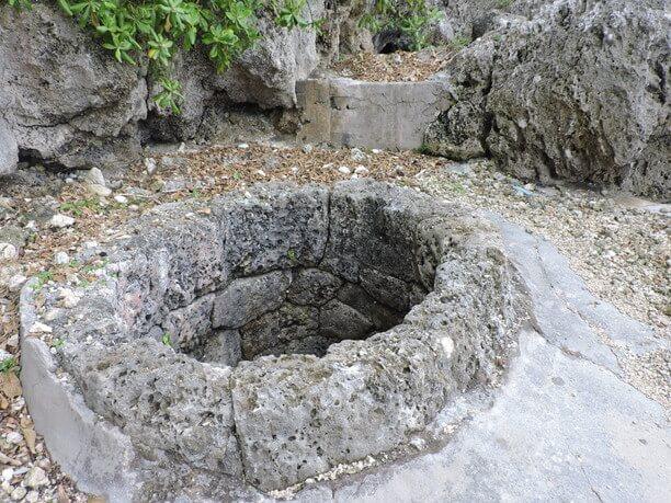 石積みの井戸
