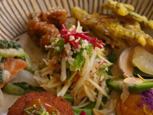 旬の沖縄の食材がたっぷり