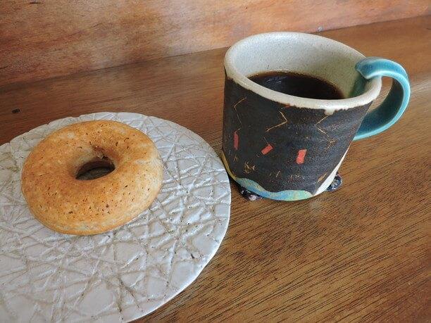 珈琲とドーナツ
