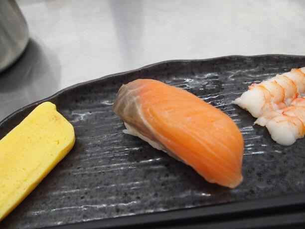 ライターが握りあげた寿司
