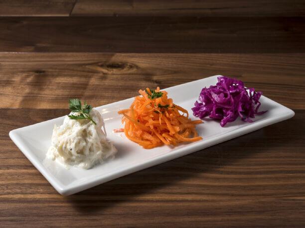 サラダなどの野菜類