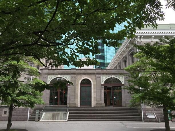汐留シティセンターの隣「旧新橋停車場 鉄道歴史展示室」
